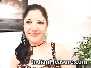 Hot Pakistani Housewife Paroo