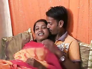Cute Desi Sweet Sonie Get Fucked By Rai