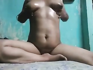 marathi bhabhi exposing for lover...