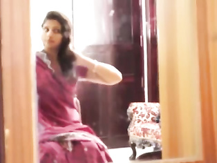 Desi Bhabhi Fucked By Trailor