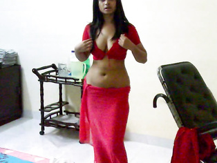 Sexy Indian Wife Rani - Movies.