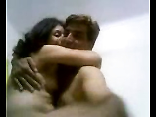 Indian couple homemade MMS.