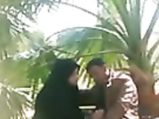 Paki Bhabhi Jerking In Park - Movies. video2porn2