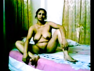 Mature Indian Bhabhi Licked - Movies. video2porn2