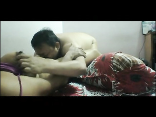 Indian Couple Oral Sex - Movies. video2porn2