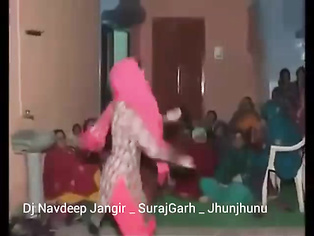 Haryanvi Bhabhi Dancing - Movies. video2porn2