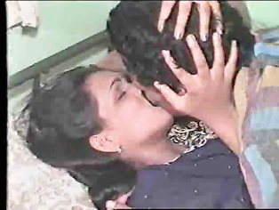 a nice indian shy girl geting fucked[homemade] in tamil.