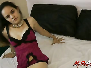 cute cute desi gf beauty Jasmine in beautiful lingerie teasing