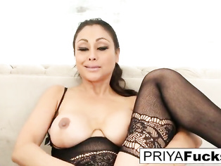 Beautiful Tamil HOUSEWIFE Priya Rai pleases her sexual urges