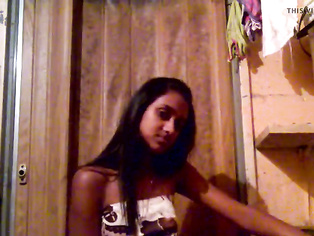 Amature indian home movie of her fingering