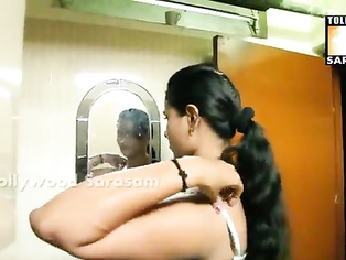 Mallu bhabi romance with room boy sexy foreplay sex