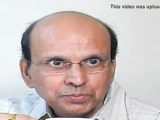 Funny Short Video - Kiss And Grow Rich   Best Ever!!.MP4